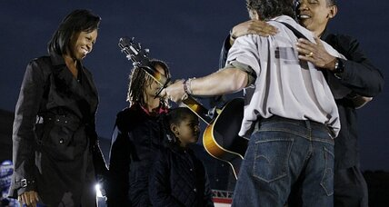 Bruce Springsteen rocks out for Barack Obama