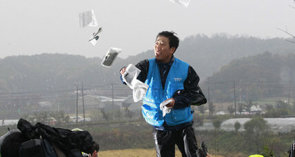 South Korea blocks activists from air dropping leaflets over North