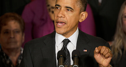 Obama calls bipartisan meeting on 'fiscal cliff,' digs in on tax hike