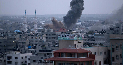As sirens blare, Israel seeks to punish Hamas without occupying Gaza