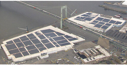 Are renewables stormproof? Hurricane Sandy tests solar, wind.