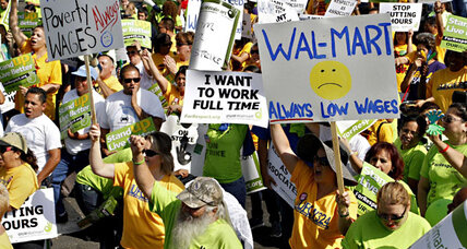 Wal-Mart fights back as Black Friday strike nears