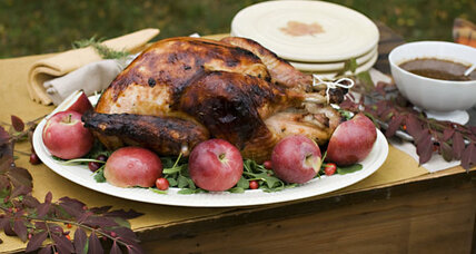 Thanksgiving dinner: 10 ways to save