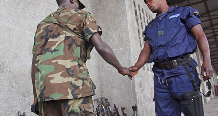 In Goma thousands of Congolese army, police, defect to rebel side
