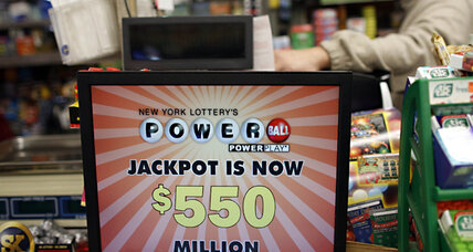 Powerball lottery jackpot hits record $550 million