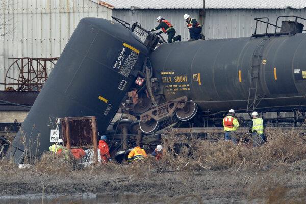 New Jersey Derailment How Safe Are Hazmat Rail Shipments