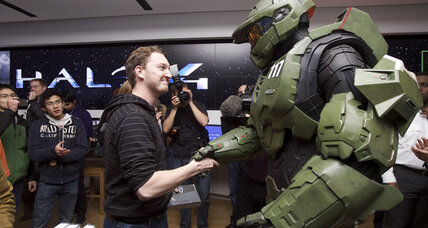 Halo 4, Black Ops II top holiday video game lists
