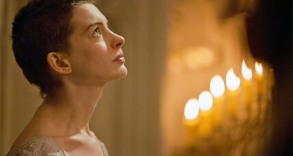 Anne Hathaway earns early praise for 'Les Miserables'