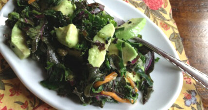 Meatless Monday: Kale and avocado salad