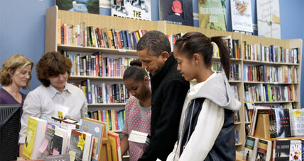 Obama shops local again on Small Business Saturday