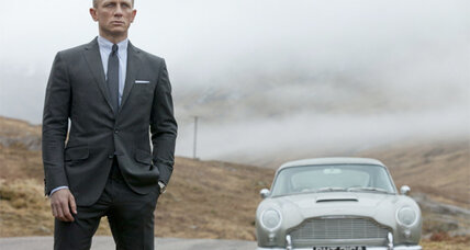 Daniel Craig reappears as James Bond in 'Skyfall' (+trailer)