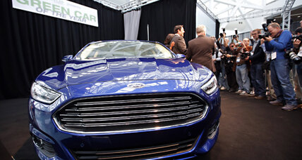 Ford hybrids fail to meet gas mileage ratings, Consumer Reports says