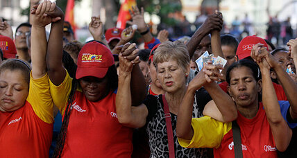 Supporters show solidarity after Chávez names successor