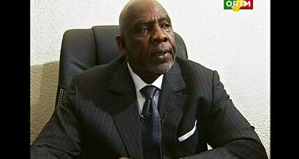 Mali's ex-rocket-scientist prime minister forced to quit by army (+video)