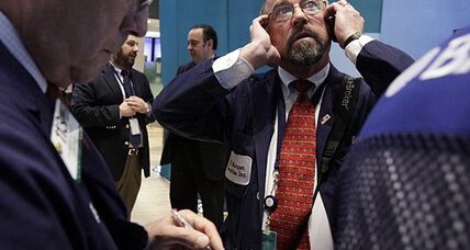 Economic optimism falls. Are 'fiscal cliff' worries to blame?