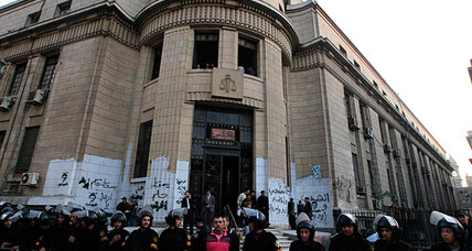 Egypt's public prosecutor resigns amid protests