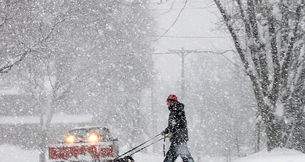 How is winter storm affecting holiday travel? (+video)
