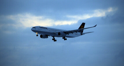 FCC paves the way for better in-flight broadband