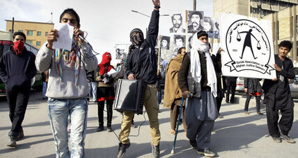 Afghan violence falls, but insider attacks up in 2012