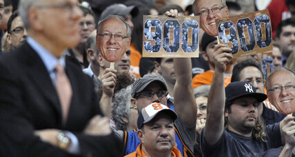 Jim Boeheim joins college basketball's exclusive 900-wins fraternity