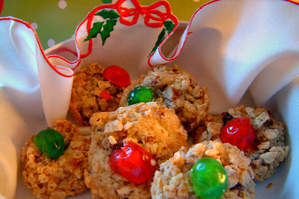 Cherry Blinks are a cheerful Christmas cookie made with cereal, nuts ...