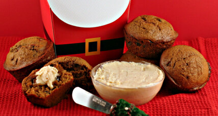 Gingerbread and cranberry muffins