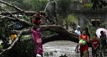 Typhoon Bopha hammers Philippines, leaving at least 40 fatalities