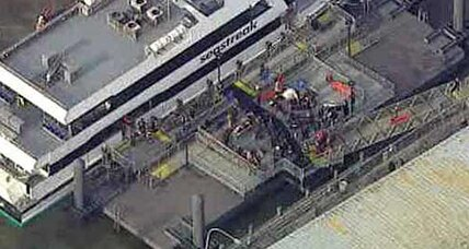 NYC commuter ferry crashes into pier, injuring more than 50 people (+video)