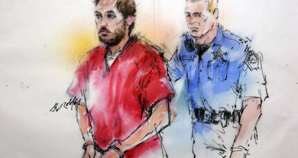 Judge delays arraignment for accused Colo. shooter James Holmes