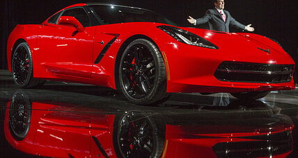 Corvette Stingray wows at Detroit auto show (+video)
