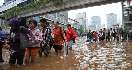 Jakarta, Indonesia's megacity of 10 million, is under water (+video)