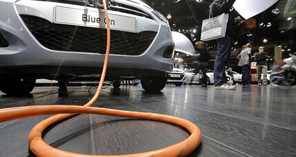 Can electric cars be used as backup generators?