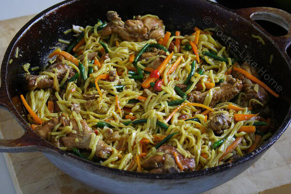 Guyanese style chicken chowmein csmonitor theres nothing like home cooked food make a better version of the chowmein you find in chinese restaurants with this recipe forumfinder Images