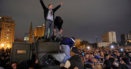 Egypt's Army chief warns state could collapse amid political crisis (+video)