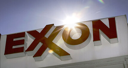 Exxon Mobil passes Apple to again become world's largest company