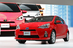 Top 10 Hybrids For Great Gas Mileage