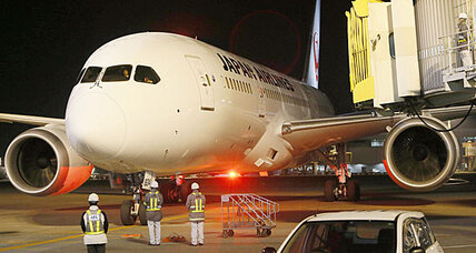 Fuel leak temporarily grounds another Japan Airlines Boeing 787