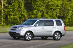 HONDAPILOT?alias=standard_900x600 honda recalls cr v over window switch is yours on the list 2005 Honda Pilot Problems at bakdesigns.co