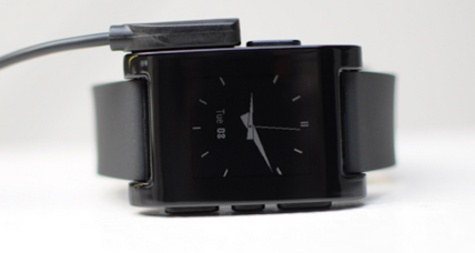 Pebble smartwatch, long delayed, set to ship on Jan. 23