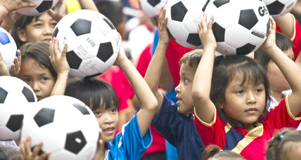 SOCCKET energy-generating soccer ball powers up poor villages