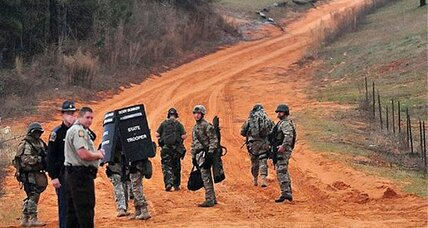 Alabama hostage standoff: Negotiators talking through a pipe