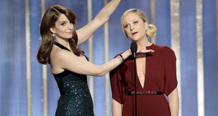 Amy Poehler, Tina Fey host a Golden Globes that shut out broadcast television (+video)