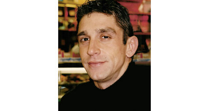 Poet Richard Blanco is chosen as inaugural poet for 2013