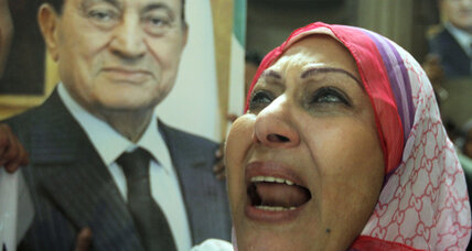 Egypt orders retrial for Mubarak, bringing on further uncertainty