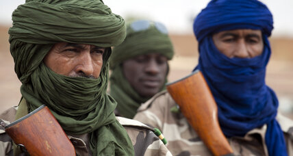 French take airport at Timbuktu as Islamist forces disappear