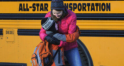 Sandy Hook students return, putting spotlight on need to help children cope (+video)