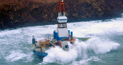 Stranded Alaska oil rig: Example of safe practices or Arctic risks? (+video)