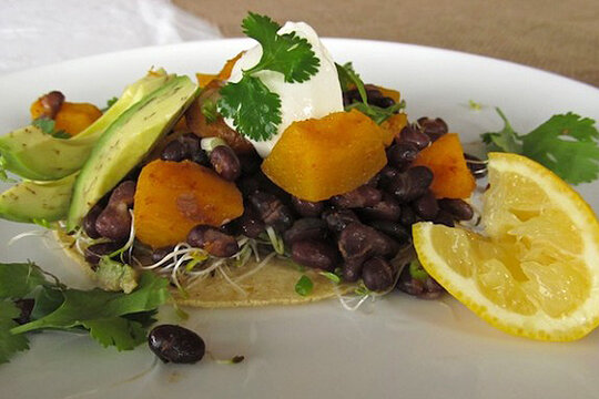 ... : 35 meatless dishes - Squash and black bean tostadas - CSMonitor.com