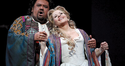 Top Picks: 'Otello' the opera, candid president photos, and more