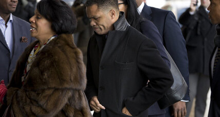 Jesse Jackson Jr. guilty plea: 'For years I lived off my campaign' (+video)